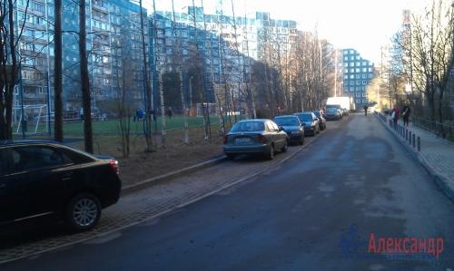 3-комнатная квартира (60м2) на продажу по адресу Новое Девяткино дер., 49— фото 2 из 16
