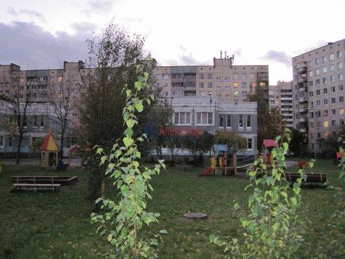Комната в 4-комнатной квартире (73м2) на продажу по адресу Коммуны ул., 28— фото 3 из 19