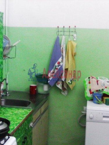Комната в 3-комнатной квартире (85м2) на продажу по адресу Ломоносов г., Сафронова ул., 6— фото 7 из 8