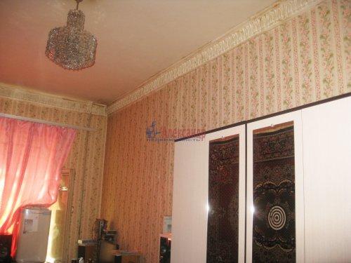 Комната в 4-комнатной квартире (72м2) на продажу по адресу Ропшинская ул., 22— фото 7 из 8
