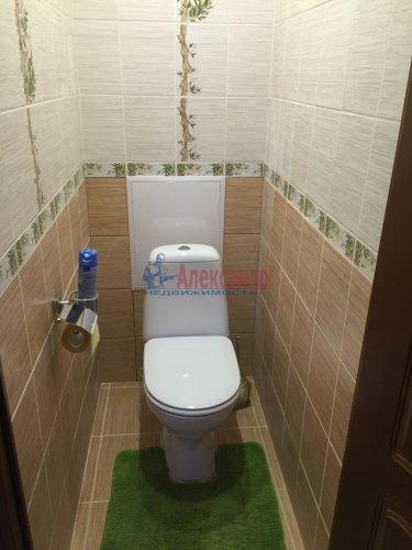 3-комнатная квартира (42м2) на продажу по адресу Лени Голикова ул., 114— фото 3 из 9