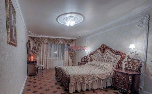 3-комнатная квартира (106м2) на продажу по адресу Комендантский пр., 11— фото 13 из 16