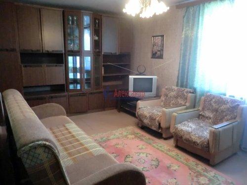 2-комнатная квартира (49м2) на продажу по адресу Стрельна г., Орловская ул., 4— фото 3 из 5
