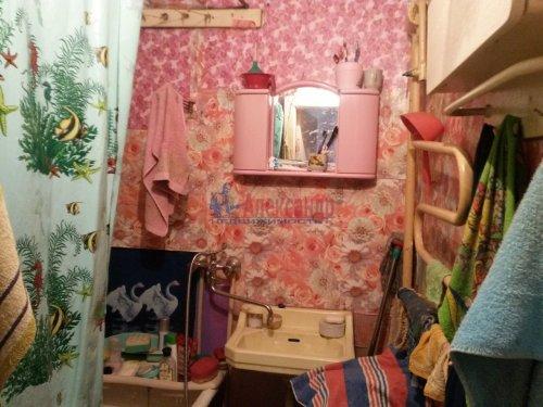 3-комнатная квартира (57м2) на продажу по адресу Кириши г., Ленина пр., 15— фото 7 из 8