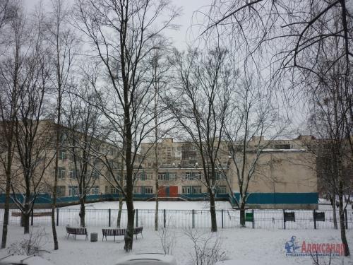2-комнатная квартира (45м2) на продажу по адресу Ярослава Гашека ул., 10— фото 14 из 15