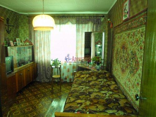 3-комнатная квартира (74м2) на продажу по адресу Снегиревка дер., Майская ул., 1— фото 2 из 8