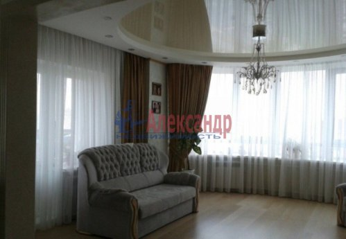 3-комнатная квартира (108м2) на продажу по адресу Луначарского пр., 11— фото 5 из 14