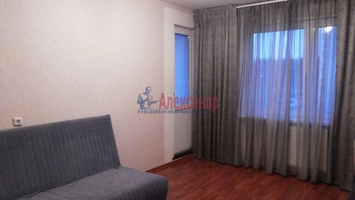3-комнатная квартира (71м2) на продажу по адресу Всеволожск г., Знаменская ул., 12— фото 6 из 9
