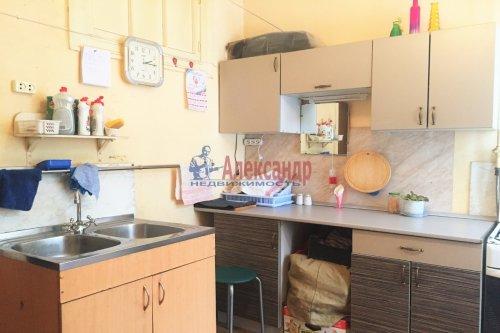 Комната в 3-комнатной квартире (79м2) на продажу по адресу Народного Ополчения пр., 211— фото 6 из 9