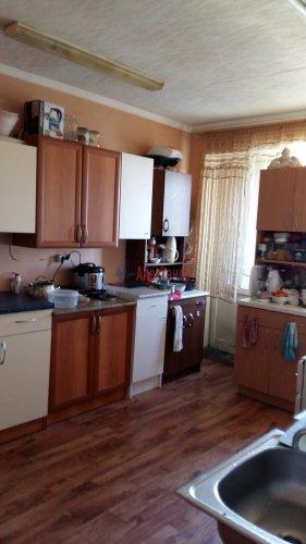 Комната в 8-комнатной квартире (13м2) на продажу по адресу Брянцева ул., 15— фото 5 из 10