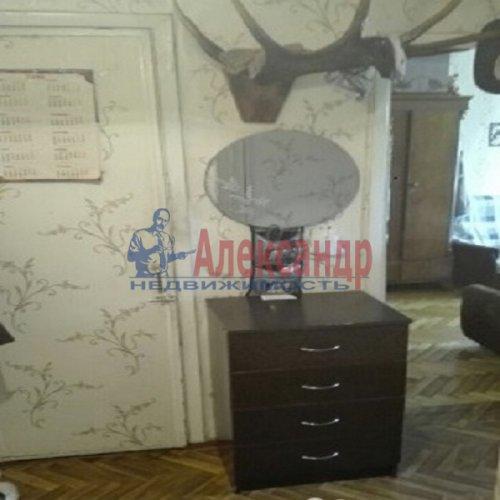2-комнатная квартира (46м2) на продажу по адресу Беломорская ул., 32— фото 2 из 4