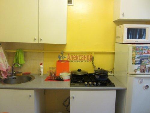 2-комнатная квартира (46м2) на продажу по адресу Цимбалина ул., 46— фото 11 из 14