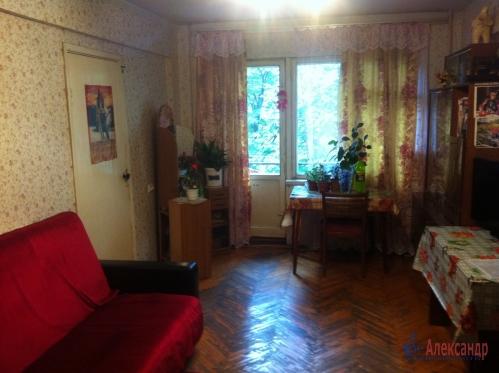 2-комнатная квартира (45м2) на продажу по адресу Маршала Блюхера пр., 63— фото 1 из 10