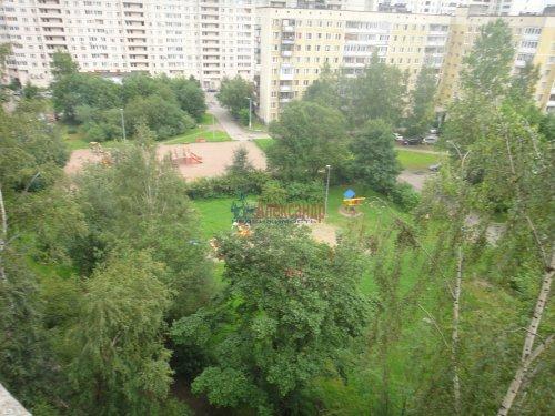 3-комнатная квартира (57м2) на продажу по адресу Асафьева ул., 10— фото 10 из 15