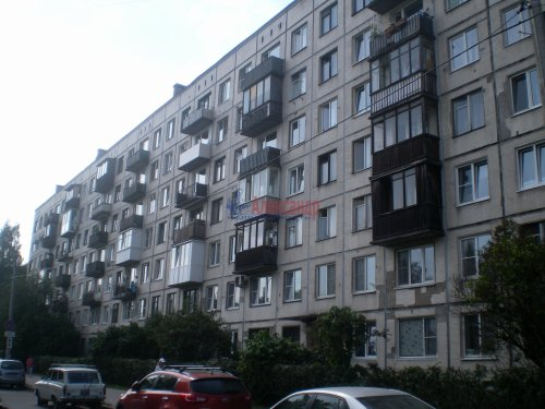 3-комнатная квартира (58м2) на продажу по адресу Карпинского ул., 36— фото 1 из 6