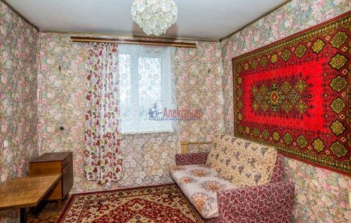 3-комнатная квартира (65м2) на продажу по адресу Купчинская ул., 33— фото 9 из 18