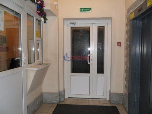 1-комнатная квартира (34м2) на продажу по адресу Бутлерова ул., 40— фото 3 из 9