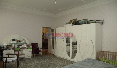 4-комнатная квартира (168м2) на продажу по адресу Кронштадт г., Аммермана ул., 15/10— фото 6 из 15