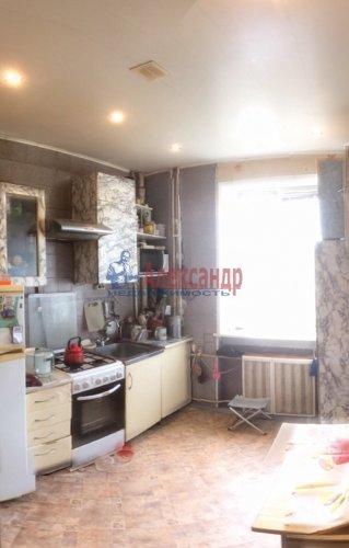 3-комнатная квартира (65м2) на продажу по адресу Кировск г., Горького ул., 7— фото 4 из 8