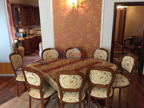 3-комнатная квартира (139м2) на продажу по адресу Воскресенская наб., 4— фото 8 из 11