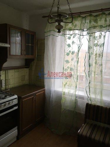 1-комнатная квартира (33м2) на продажу по адресу Кириши г., Ленина пр., 21— фото 1 из 7