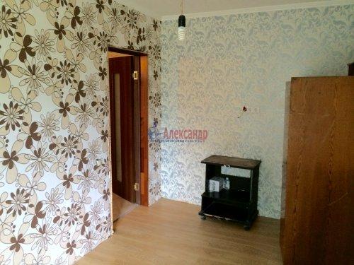 5-комнатная квартира (84м2) на продажу по адресу Ульяновка пгт., Левая Линия ул., 49— фото 10 из 13