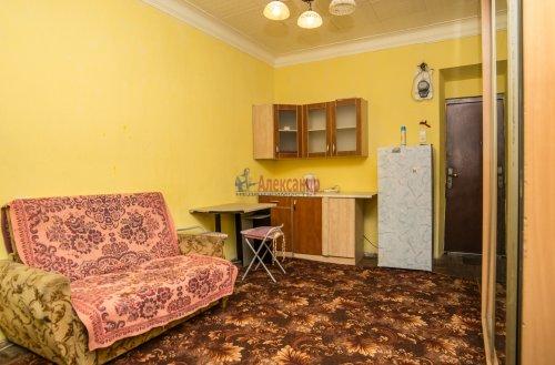 Комната в 10-комнатной квартире (285м2) на продажу по адресу Савушкина ул., 80— фото 1 из 7