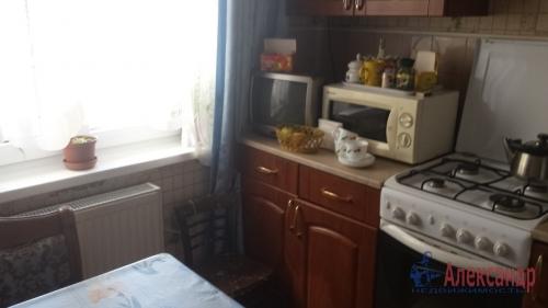 1-комнатная квартира (31м2) на продажу по адресу Сестрорецк г., Воскова ул., 3— фото 2 из 6