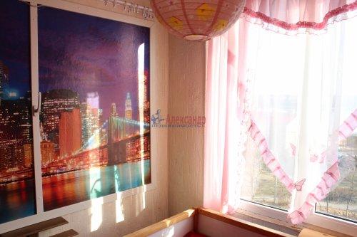 3-комнатная квартира (42м2) на продажу по адресу Свердлова пгт., Микрорайон №2 р-н, 50— фото 1 из 23