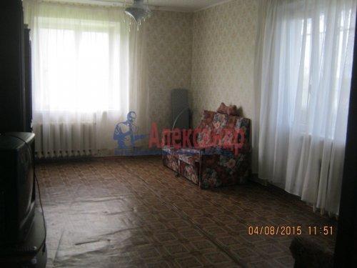 1-комнатная квартира (40м2) на продажу по адресу Ефимовский пгт., 1 мкр, 5— фото 1 из 5