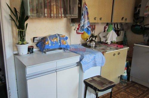 Комната в 8-комнатной квартире (141м2) на продажу по адресу Малодетскосельский пр., 32— фото 11 из 13