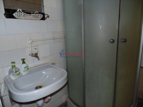 2-комнатная квартира (54м2) на продажу по адресу Песочный пос., Ленинградская ул., 44— фото 4 из 15