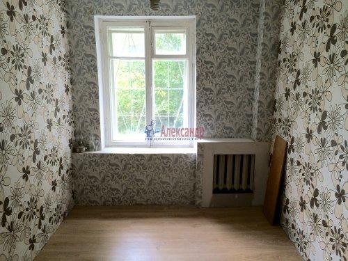 5-комнатная квартира (84м2) на продажу по адресу Ульяновка пгт., Левая Линия ул., 49— фото 11 из 13