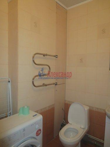 1-комнатная квартира (47м2) на продажу по адресу Синявино 1-е пгт., Кравченко ул., 11— фото 12 из 18