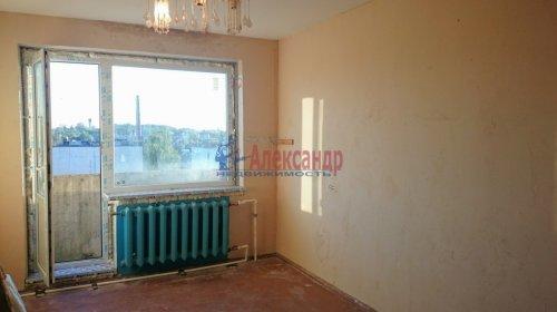 2-комнатная квартира (47м2) на продажу по адресу Путилово село, Братьев Пожарских ул., 15— фото 4 из 8