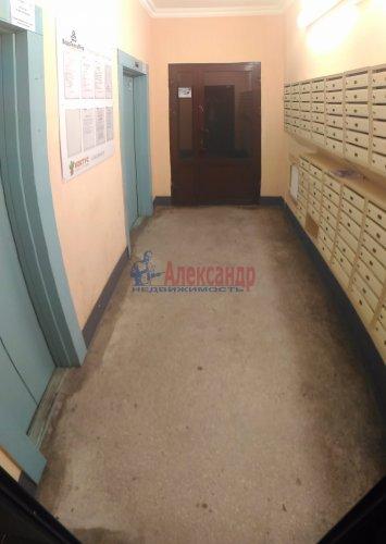 2-комнатная квартира (50м2) на продажу по адресу Мурино пос., Оборонная ул., 2— фото 2 из 15