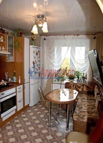 3-комнатная квартира (75м2) на продажу по адресу Выборг г., Ленинградское шос.— фото 2 из 3