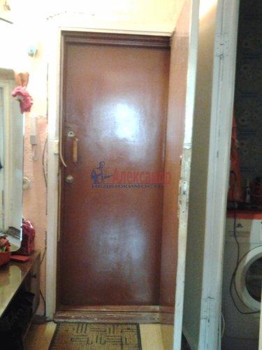 1-комнатная квартира (33м2) на продажу по адресу Октябрьская наб., 124— фото 2 из 5
