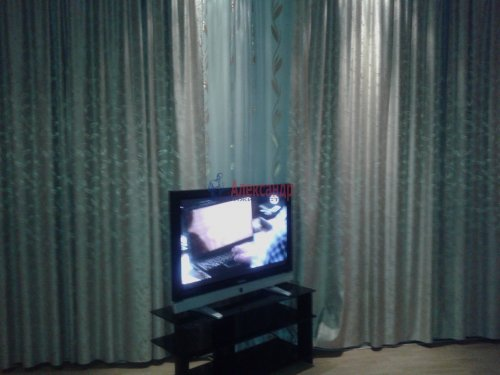 2-комнатная квартира (80м2) на продажу по адресу Пятилеток пр., 17— фото 7 из 9
