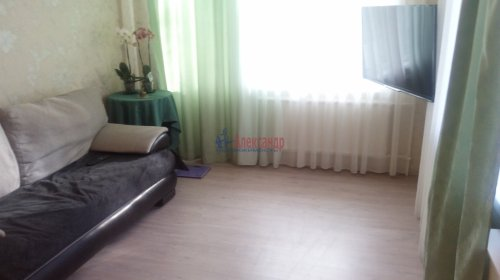 2-комнатная квартира (42м2) на продажу по адресу Софьи Ковалевской ул., 16— фото 5 из 11