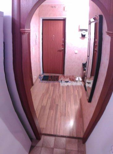 2-комнатная квартира (50м2) на продажу по адресу Мурино пос., Оборонная ул., 2— фото 4 из 15