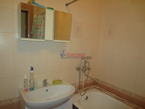 1-комнатная квартира (47м2) на продажу по адресу Синявино 1-е пгт., Кравченко ул., 11— фото 11 из 18