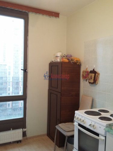 3-комнатная квартира (56м2) на продажу по адресу Летчика Пилютова ул., 44— фото 10 из 19