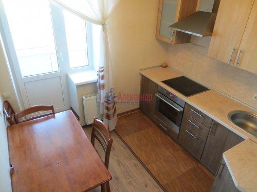 1-комнатная квартира (40м2) на продажу по адресу Караваевская ул., 28— фото 5 из 9