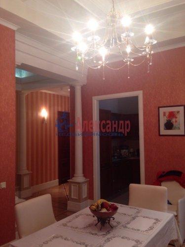 2-комнатная квартира (132м2) на продажу по адресу Канала Грибоедова наб., 96— фото 3 из 18