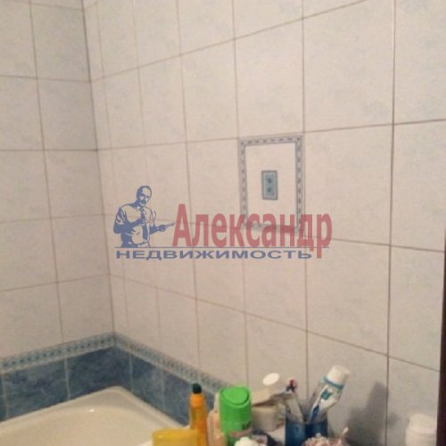1-комнатная квартира (37м2) на продажу по адресу Свердлова пгт., Западный пр-д., 3— фото 3 из 12