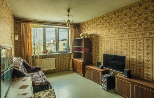 3-комнатная квартира (65м2) на продажу по адресу Купчинская ул., 33— фото 12 из 18