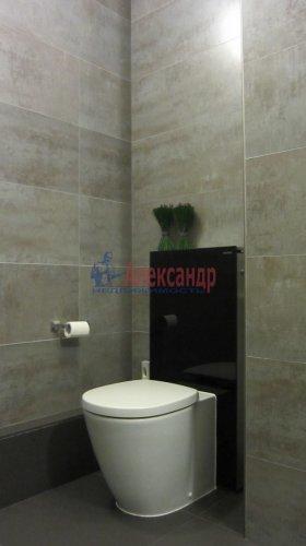 2-комнатная квартира (70м2) на продажу по адресу Петергофское шос., 5— фото 16 из 19