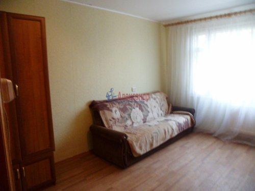 Комната в 3-комнатной квартире (62м2) на продажу по адресу Старая дер., Верхняя ул., 12— фото 12 из 18