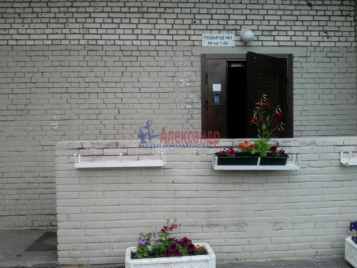 2-комнатная квартира (53м2) на продажу по адресу Богатырский пр., 6— фото 3 из 10
